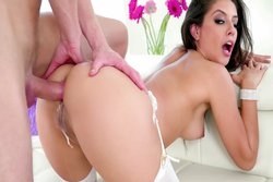Jynx: Squirting, Gape-Farting Sodomy