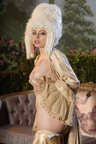 lexi belle girl train